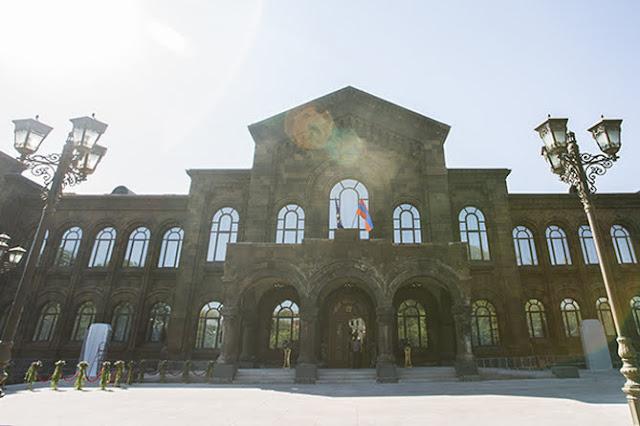 Residencia Catholicos abrió en Etchmiadzin