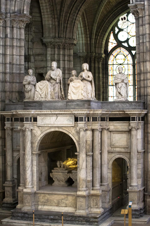 Tumba de Francisco I y Claudia de Francia en San Denis