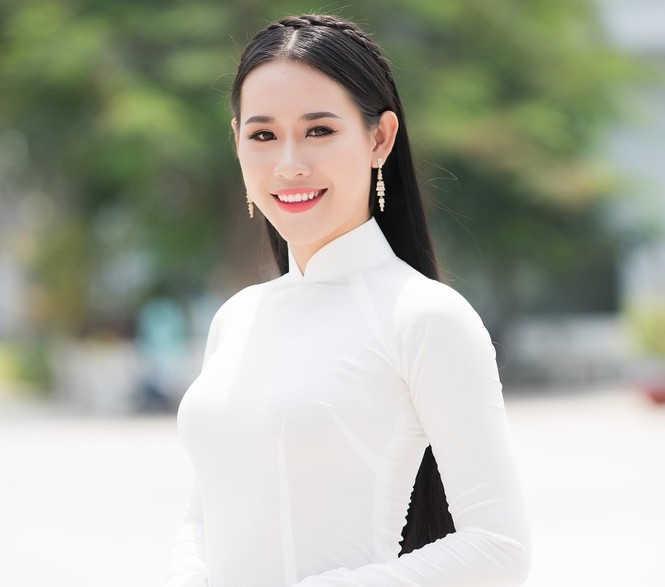 Nữ sinh ĐH Văn Hiến toàn hot girl và thí sinh cuộc thi hoa hậu
