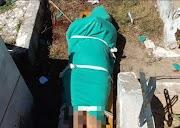 Mulher é encontrada nua e com a cabeça esmagada em cemitério de São Mateus do Maranhão