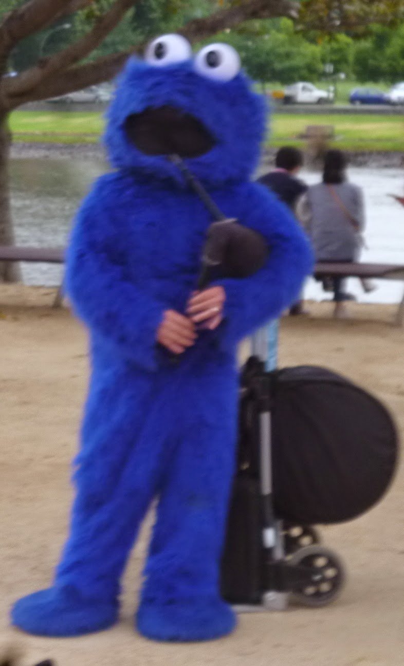 Cookie Monster on the Bagpipes