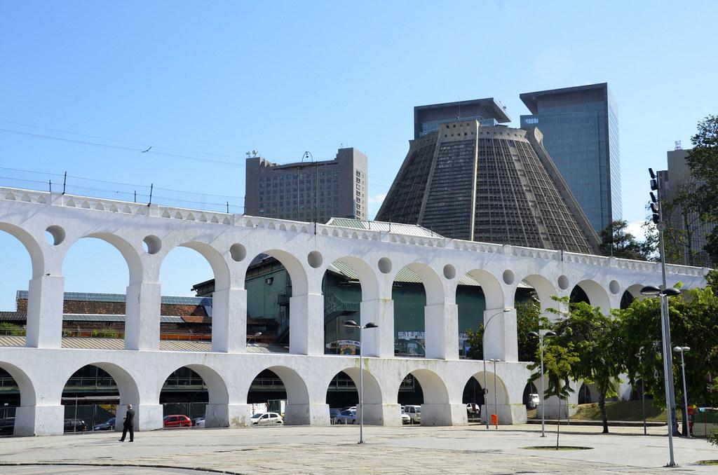 Аркос да Лапа - акведук Кариока в Рио де Жанейро