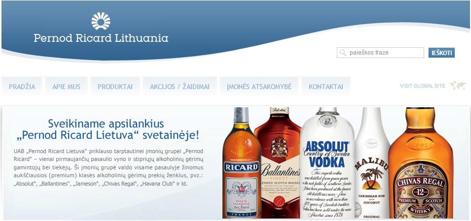 """""""Absoliuto"""" gamintojai per tarpininkus Lietuvoje vaikus mokyklose moko """"sveiko ir nuosaikaus"""" požiūrio į alkoholį"""