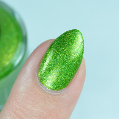 green nail polish close up