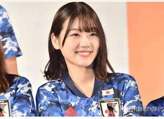 member keyakizaka46 klub sepakbola.jpg