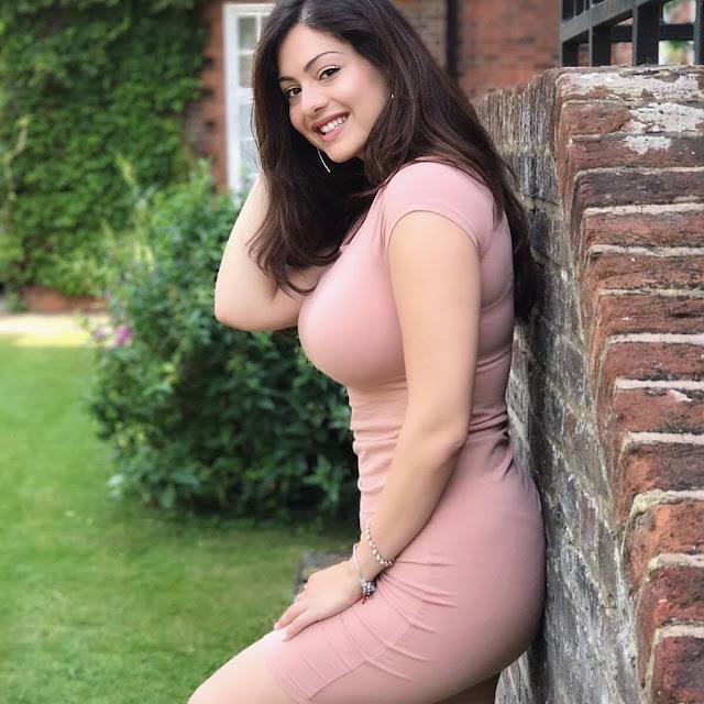 charming Indian actress photos, HD Bollywood Actress Photos