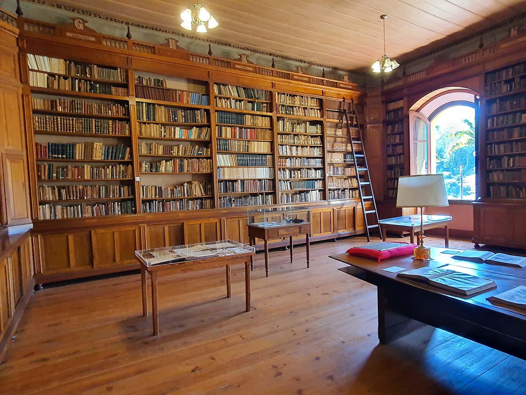 Biblioteca do colégio Anchieta em Nova Friburgo