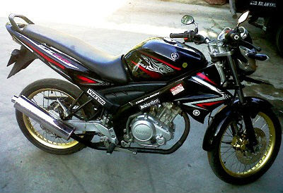 contoh modifikasi motor vixion 2009