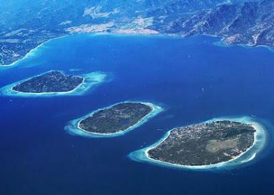 pulau terindah di indonesia untuk bulan madu