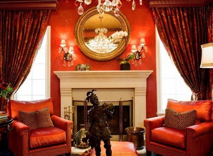 bordo kırmızı oturma odası dekorasyonu