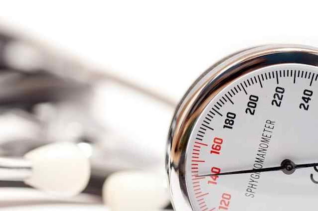 أفضل 8 علاجات منزلية لارتفاع ضغط الدم