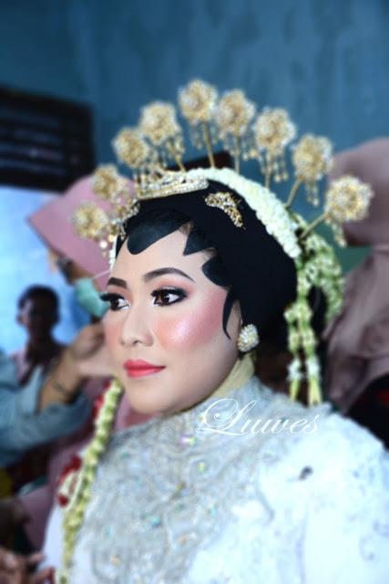 akad nikah dengan makeup adat jawa paes