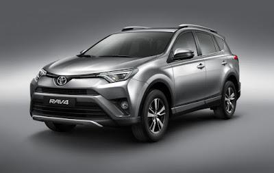 Toyota lança a linha 2017 do RAV4