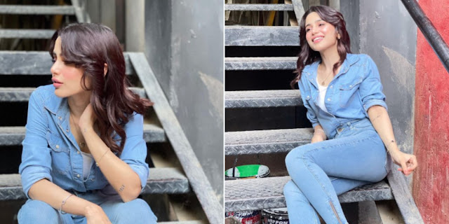 Pakistani Singer Aima Baig Stuns in Skinny Jeans and Denim Jacket