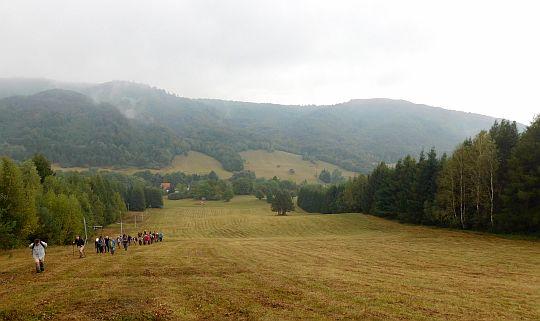 Podejście wzdłuż wyciągu narciarskiego.