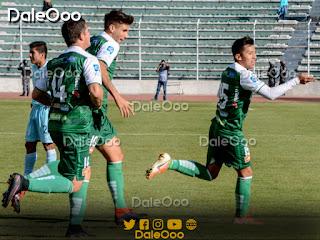 John García festeja su gol ante Bolívar - DaleOoo - Oriente Petrolero