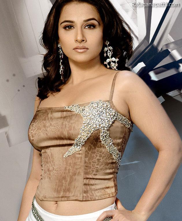 Actress Vidya Balan Sexy Photos Collection  Gateway To -2000
