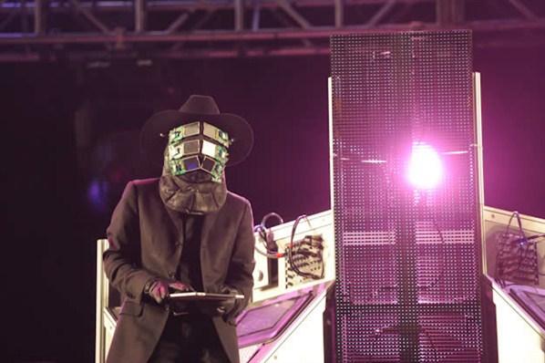 Nortec Collective BOSTICH + FUSSIBLE - En Vivo Vive Latino (2013)