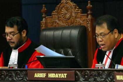 Dianggap Melanggar Hukum dari Pemerintah, Empat Nama Hakim MK Dipolisikan