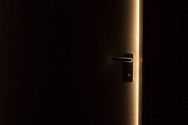 A porta aberta, dinâmica bíblica