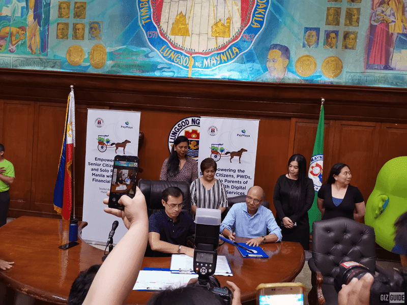 Paymaya CEO and founder Orlando Vea with Mayor Isko Moreno