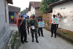 Cegah Penyebaran Covid-19, Babinsa Pedan Bersama Gusgas Kecamatan Sosialisasikan 3M