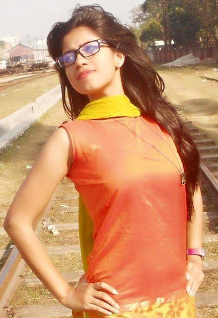 Most Beautiful Dhaka Girls Photos