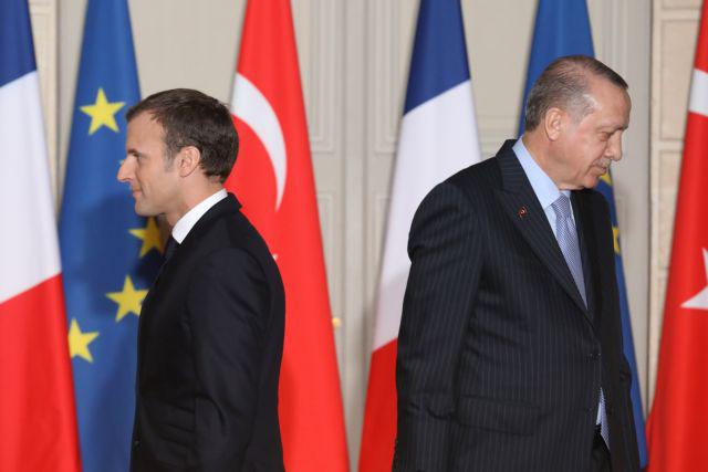Μακρόν: Εγκληματική η ευθύνη της Τουρκίας στη Λιβύη-Εισάγει τζιχαντιστές από Συρία
