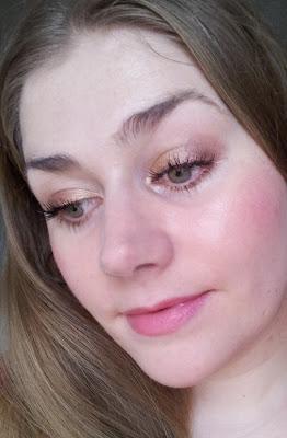 Augenmakeup für grüne Augen Karamell
