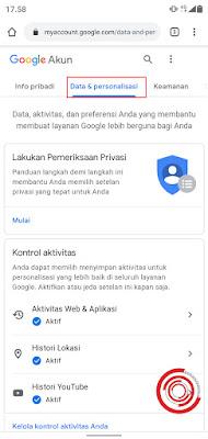 1. Langkah pertama silakan kalian akses akun Google kalian lewat halaman Akun Google, lalu pilih menu Data & personalisasi