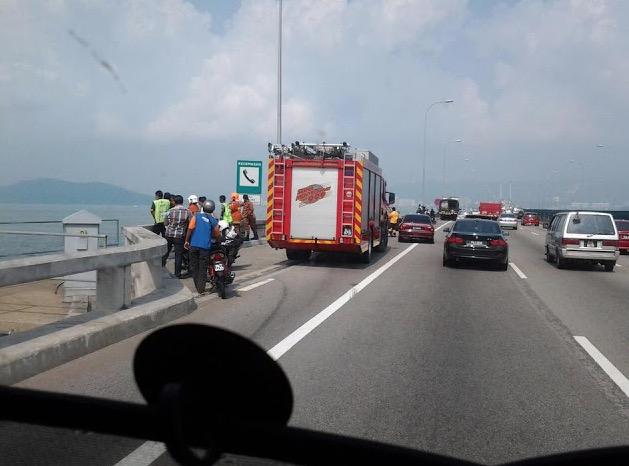 Kisah Sebenar Penunggang Motosikal Terjun Dari Jambatan Pulau Pinang
