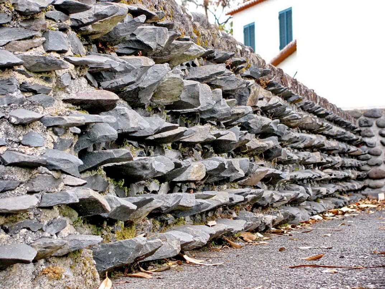 wall in Terreiro da Luta