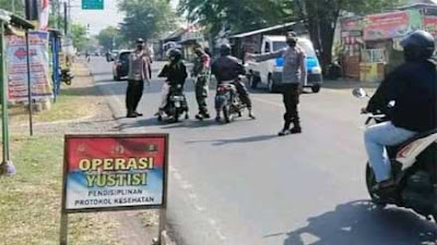 Satgas Gabungan Kecamatan Wonopringgo Giatkan Operasi Yustisi Sekaligus Tes Swab Acak