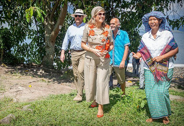 Queen Maxima wore a top and trousers by Natan
