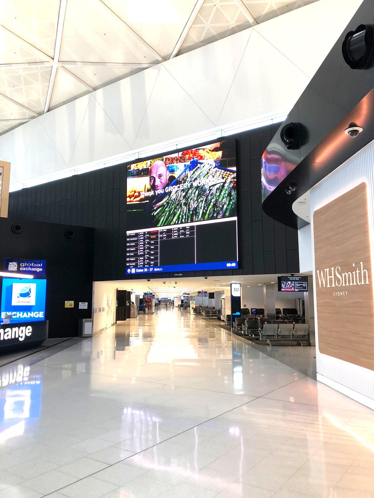 Sydney International airport completely empty during the covid 19 pandemic