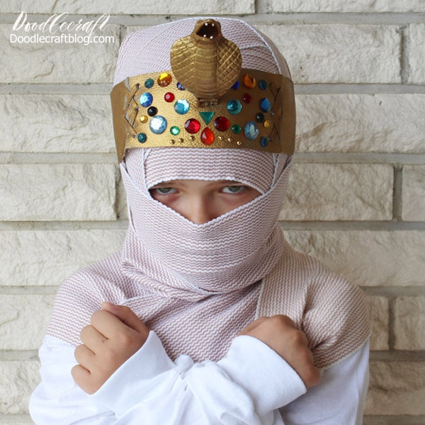Make a cobra headdress for the perfect mummy costume.