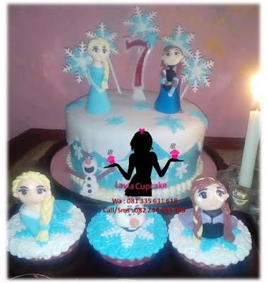 cupcake dan kue tart 3d ulang tahun tema Ratu Elsa Frozen