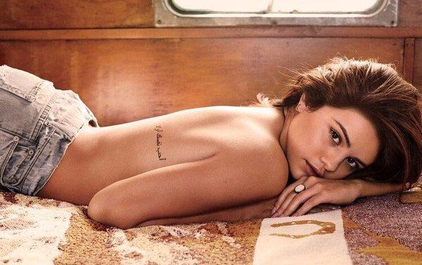 Selena Gomez producirá una serie de TV basada en su vida.