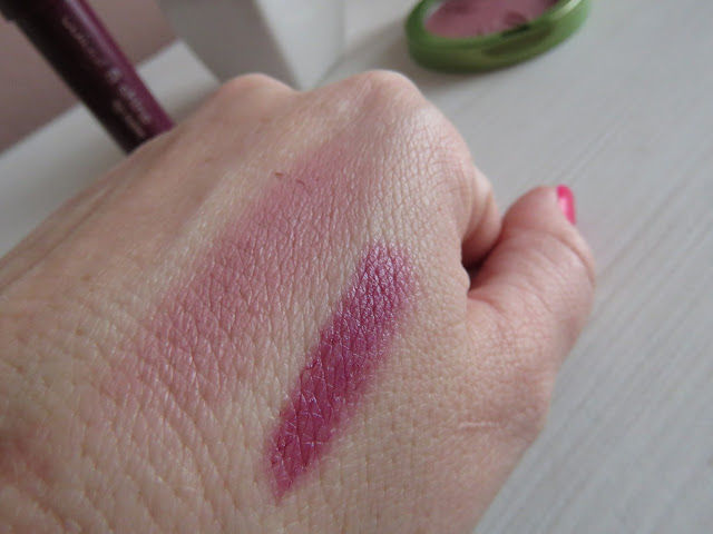 s.he_stylezone_colour_and_shine_lip_balm_swatch