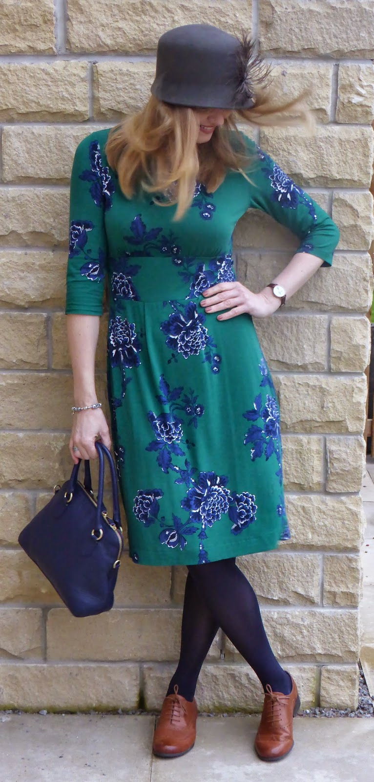 Outfit Floral Day Dress Tan Brogues And A Felt Cloche