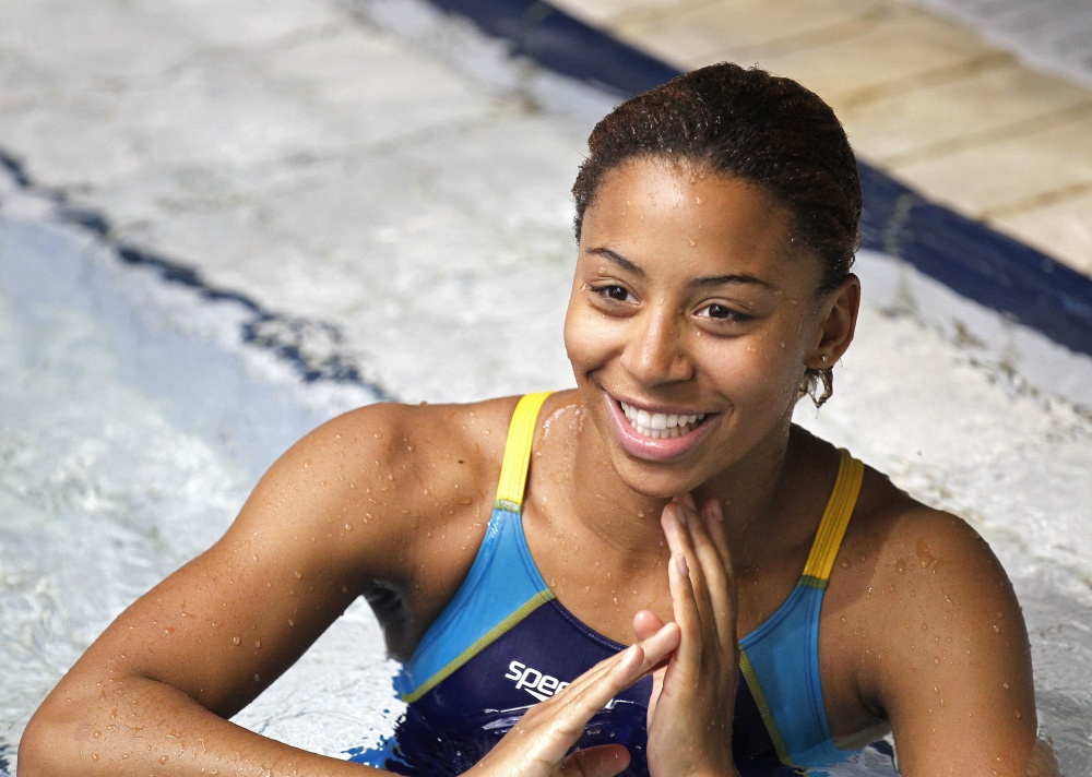 Olympic Diver Jennifer Abel [PICS+VIDEO] - BootymotionTV  Jennifer Abel