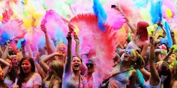 7 Gifting Ideas for Holi 2021
