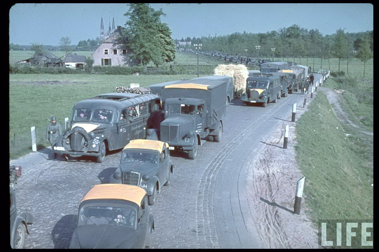 Buses for the Wehrmacht 23