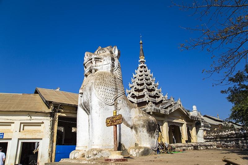Đến Shwezigon: Ngôi chùa dát vàng và linh thiêng nhất ở Myanmar