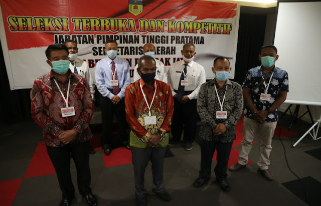 Nicolaus Wenda Pastikan Pansel Tetap Profesional Dalam Seleksi Calon Sekda Puncak Jaya