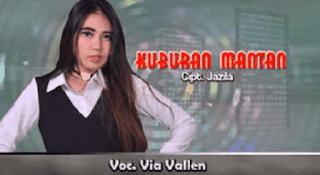 Lirik Lagu Kuburan Mantan - Via Vallen