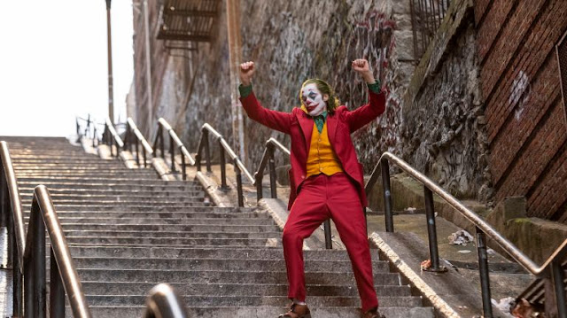 Watch: Joaquin Phoenix as Joker in Warner Bros Original Story (Trailer)