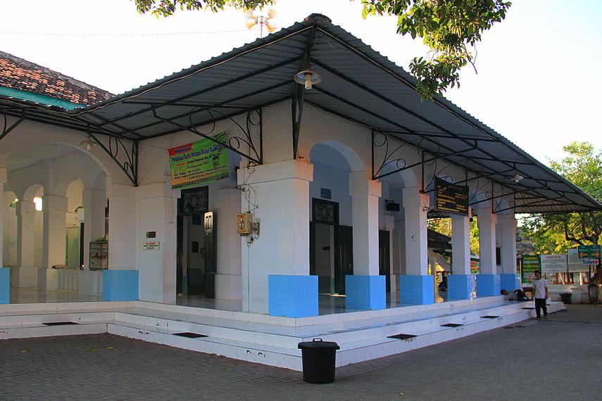 Masjid Astana Bonang di Tuban Jawa Timur