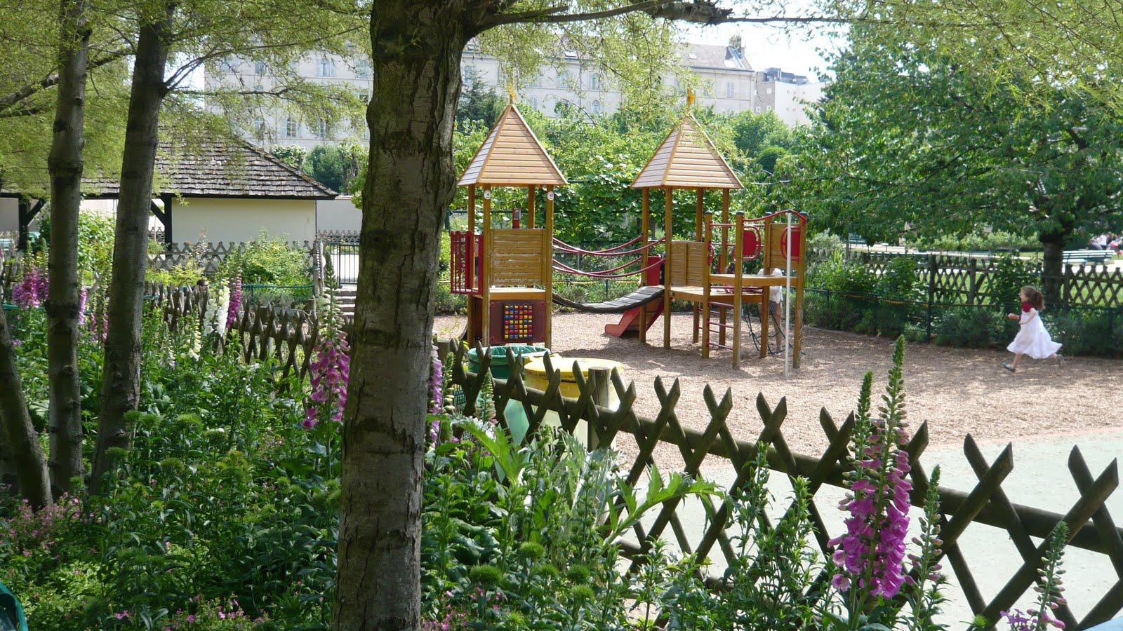 Ma Poussette A Paris Jardin Catherine Laboure A Croquer