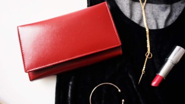 Skórzany portfel damski, czyli niezbędnik każdej eleganckiej kobiety